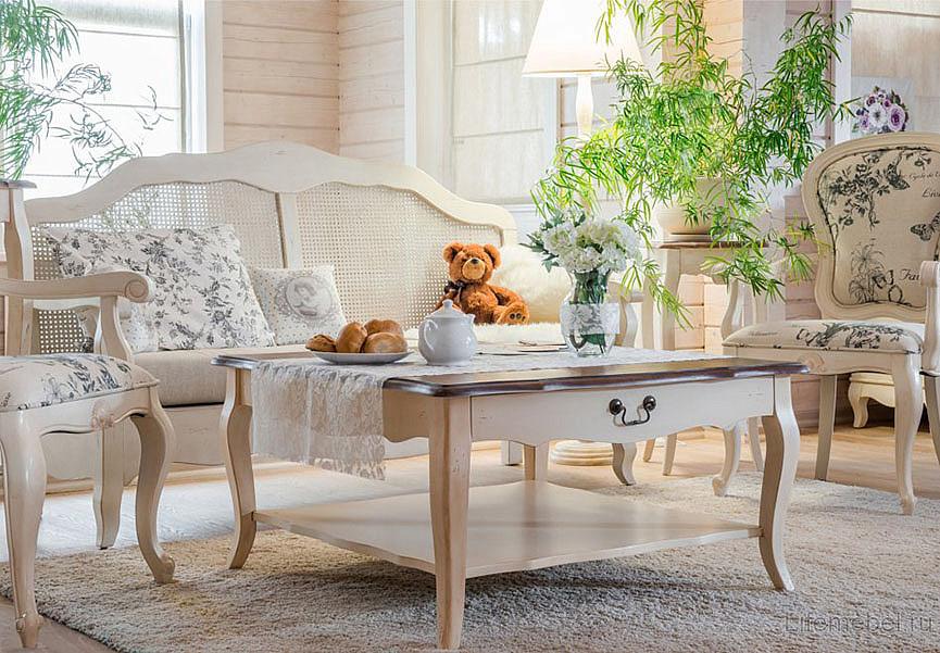Мягкие стулья в стиле Прованс